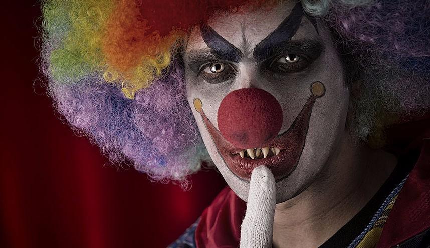 В Аризоне вооруженный клоун преследовал детей