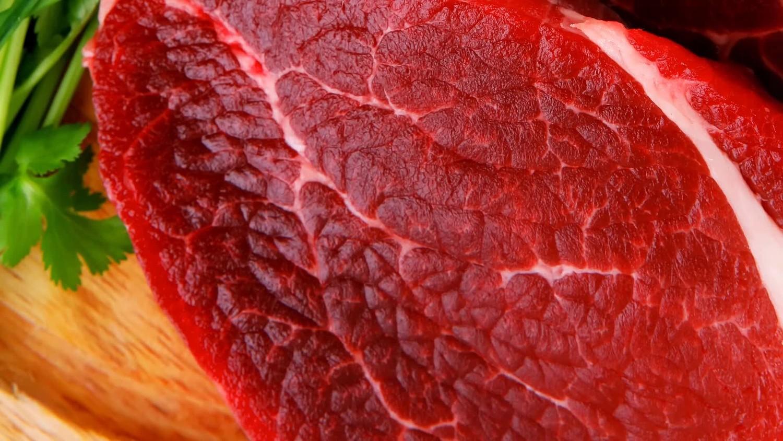 Биохимик хочет спасти мир идеальным мясом