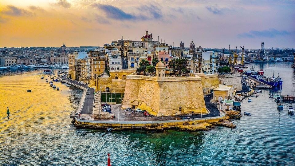 Как получить ПМЖ Мальты с помощью инвестиционных вложений