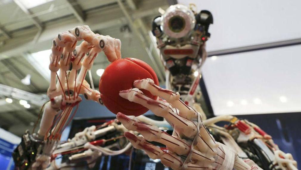 Ученые будут выращивать кожу и органы на роботах