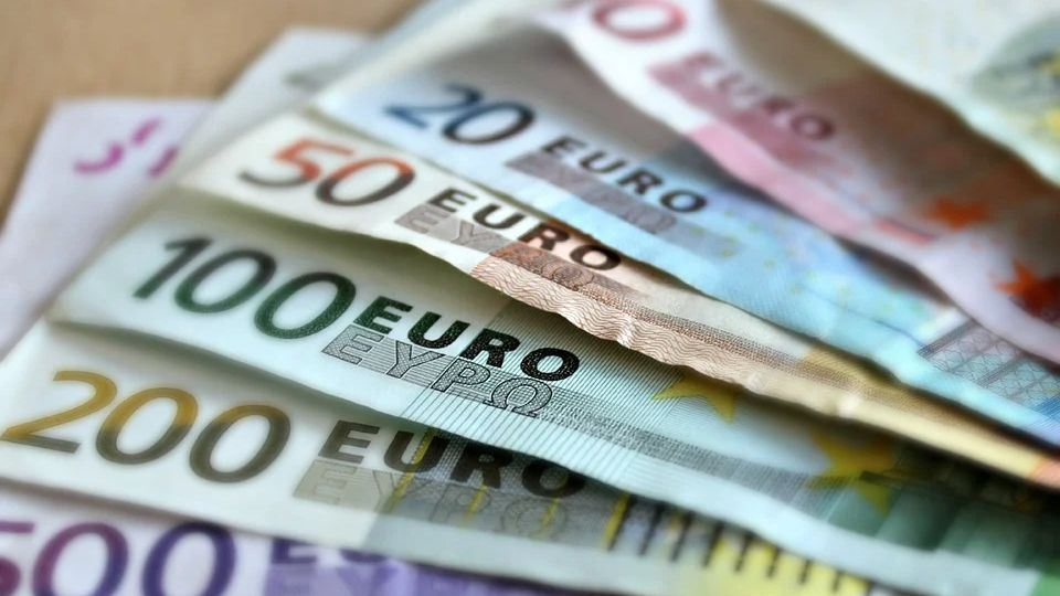 Как выбрать обменник валюты в Интернете?