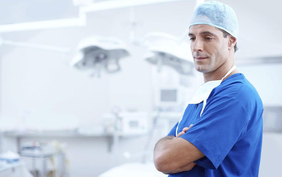 Запись к гинекологу по телефону, запись на прием к стоматологу, профилактические приемы