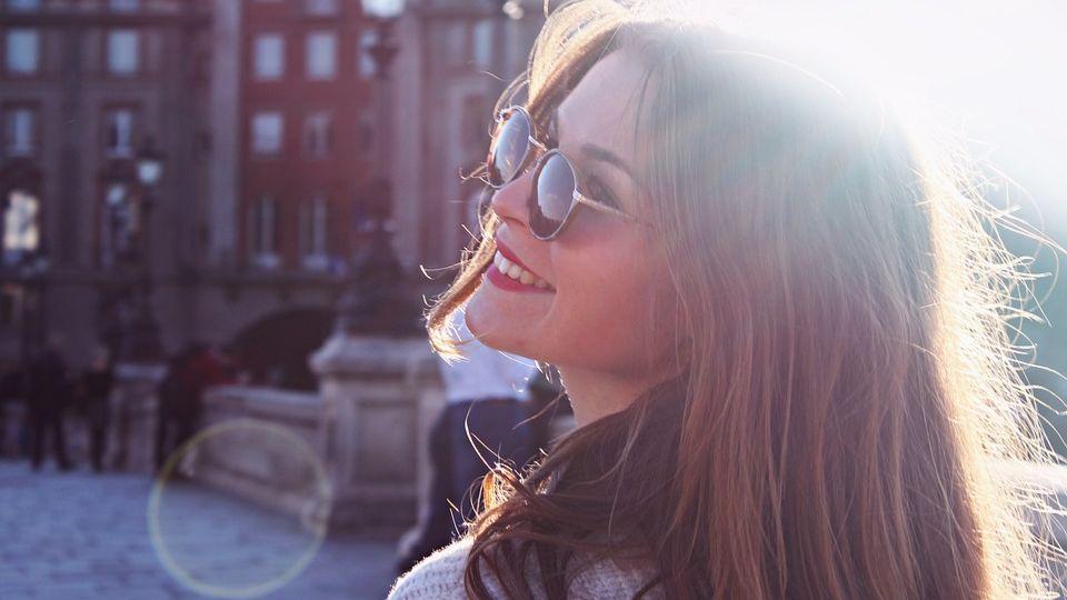 Солнцезащитные очки: польза и особенности