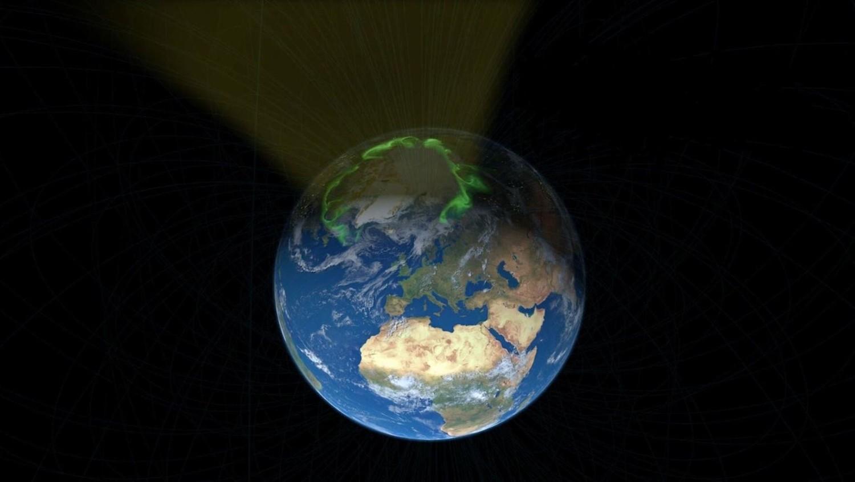 Солнечный ветер странным образом тянется к Северному полюсу Земли