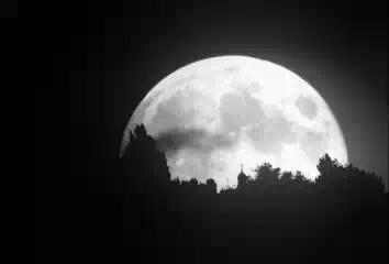 Влияют ли фазы Луны на сон человека?