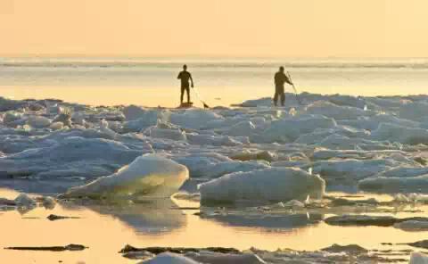 На озере Верхнее в США все еще не растаял лед