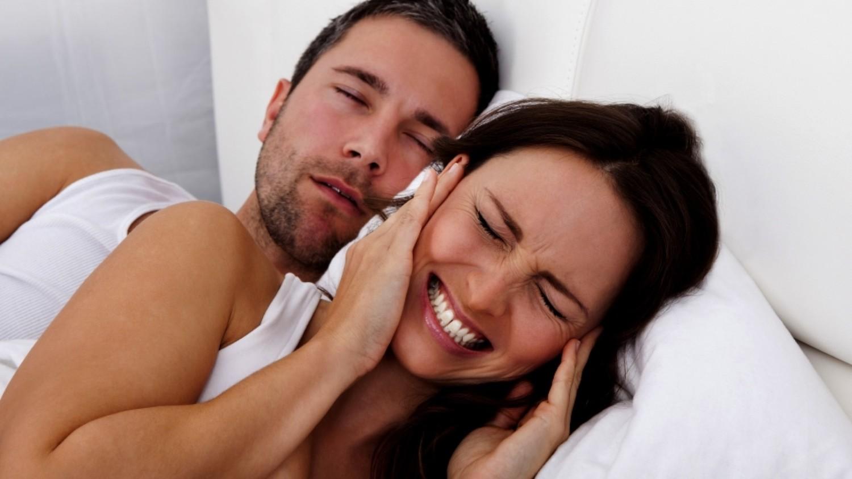 Почему люди храпят во сне?