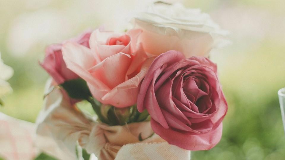 Доставка презентов: дарите цветы