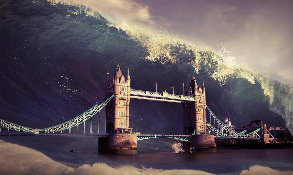 Европу может накрыть огромное цунами