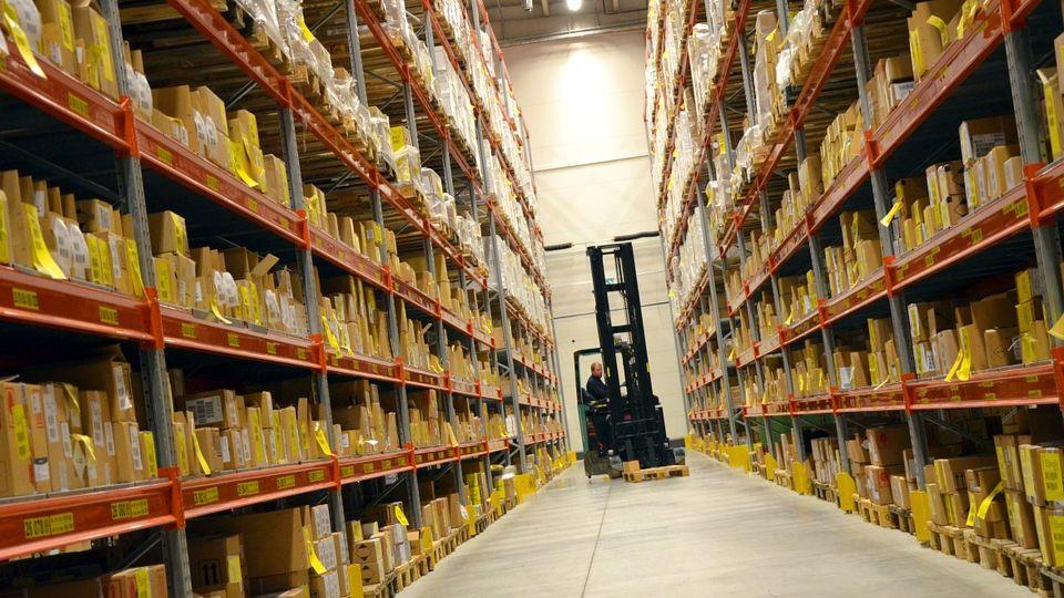 Базовое оборудование для склада: что обязательно к приобретению