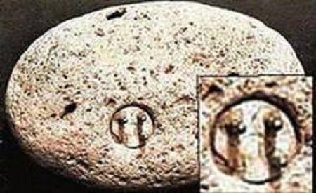 Неопознанные ископаемые объекты (18 фото)