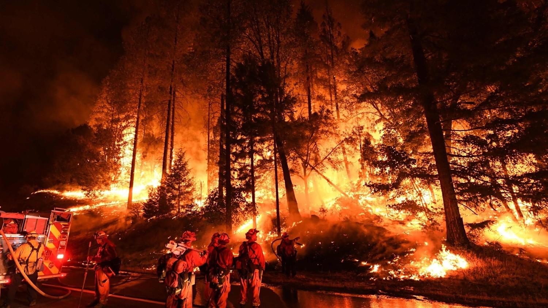 Калифорнию сжигают химиотрассами